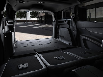 d couvrez le nouveau suv peugeot 5008 gt line. Black Bedroom Furniture Sets. Home Design Ideas