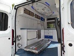 /image/06/8/ambulance03.283068.jpg