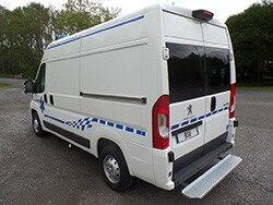 /image/06/9/ambulance02.283069.jpg