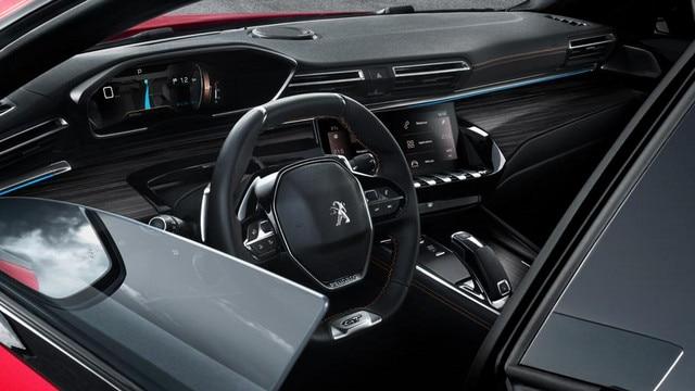 Nouvelle berline PEUGEOT 508 GT, porte sans cadre