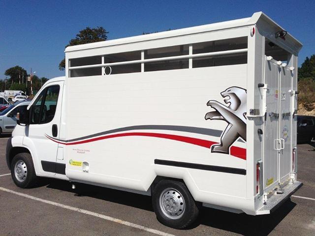 /image/07/7/peugeot-vans-chevaux-1.283077.jpg