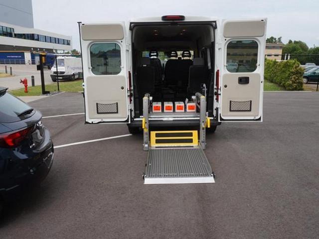 Transport de personnes à mobilité réduite Peugeot