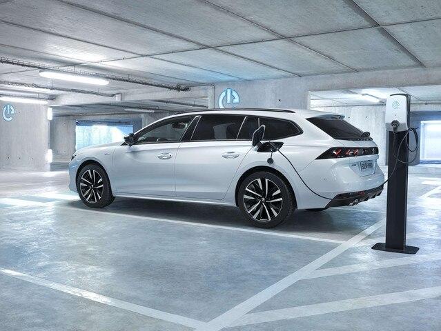 Peugeot 508SW Hybrid