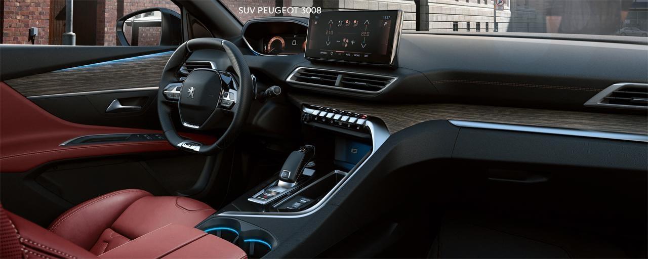 Nieuwe SUV Peugeot 3008 - Groot interieur in rood leder