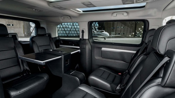 nouveau peugeot traveller business essayez le van business par peugeot. Black Bedroom Furniture Sets. Home Design Ideas