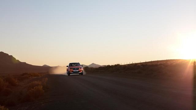 Nouveau SUV PEUGEOT 2008 : technologie Advanced Grip Control, pour une meilleure adapation aux conditions de la route.