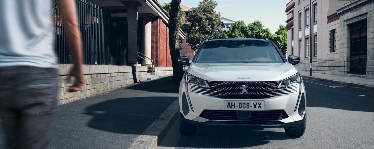 Nieuwe SUV Peugeot 3008 HYBRID – Nieuw vooraanzicht