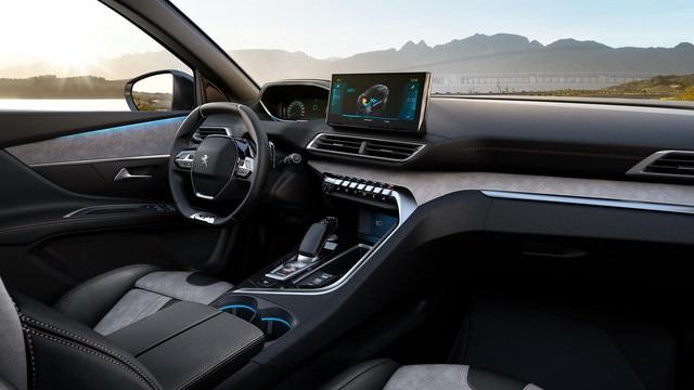 Nouveau SUV PEUGEOT 3008 hybride -   Grand intérieur hybride
