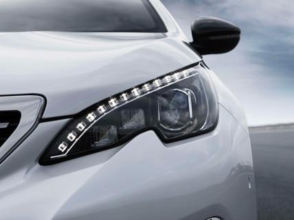 PEUGEOT 308 GT Line : Feux avant LED