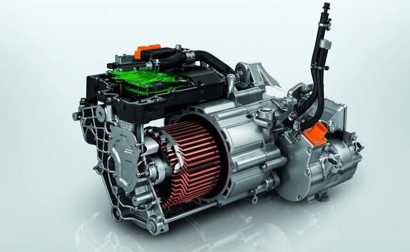 SUV électrique PEUGEOT e-2008 : motorisation électrique 100kW