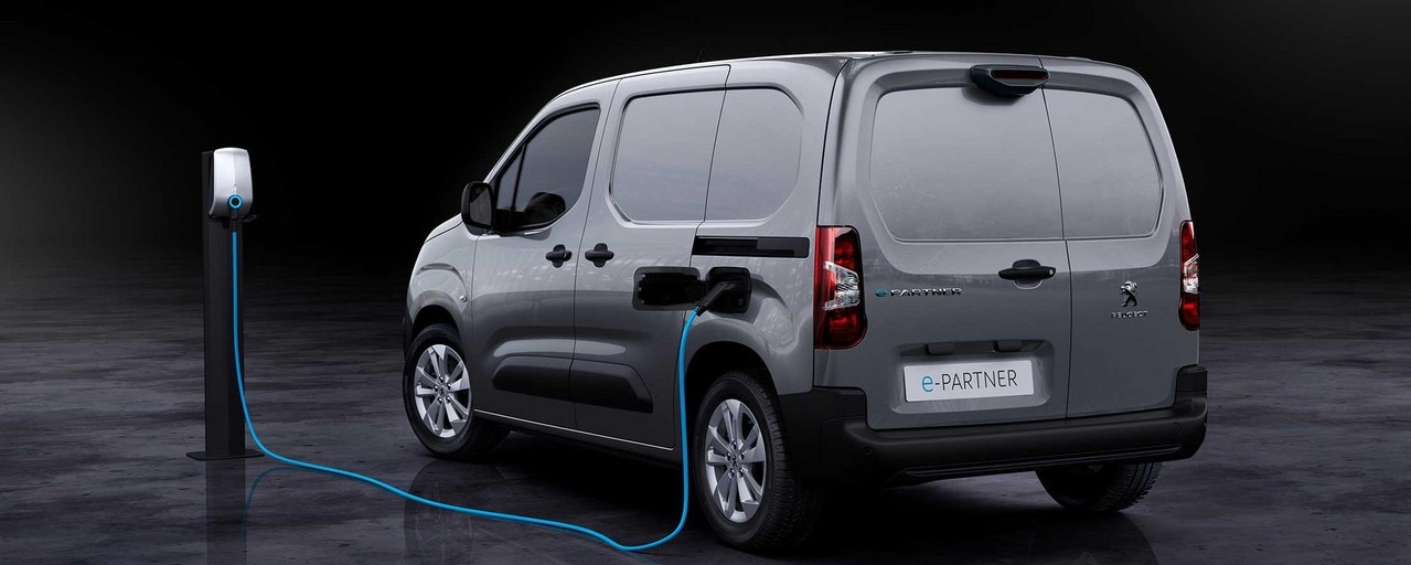 Nieuwe Peugeot e-Partner: opladen op de werkplaats