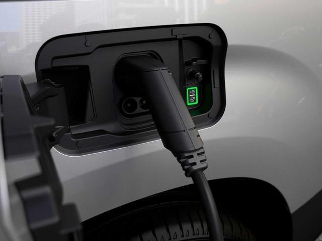 Nieuwe Peugeot e-Partner: laadluik