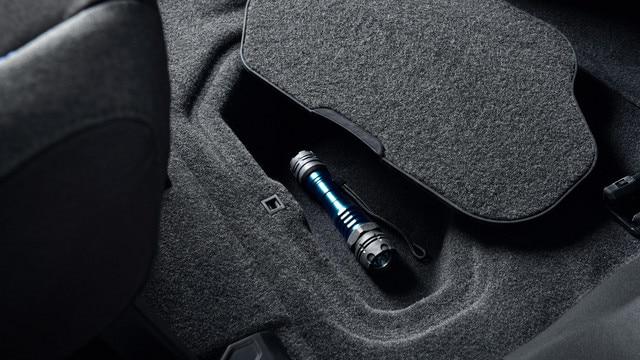 PEUGEOT RIFTER – Compartimento bajo el suelo