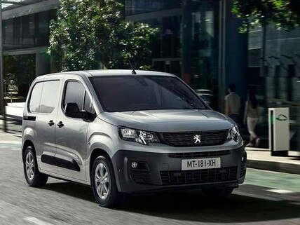 Nieuwe Peugeot e-Partner: Dynamisch vooraanzicht