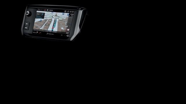 PEUGEOT 208 GTi : navigation 3D avec reconnaissance vocale