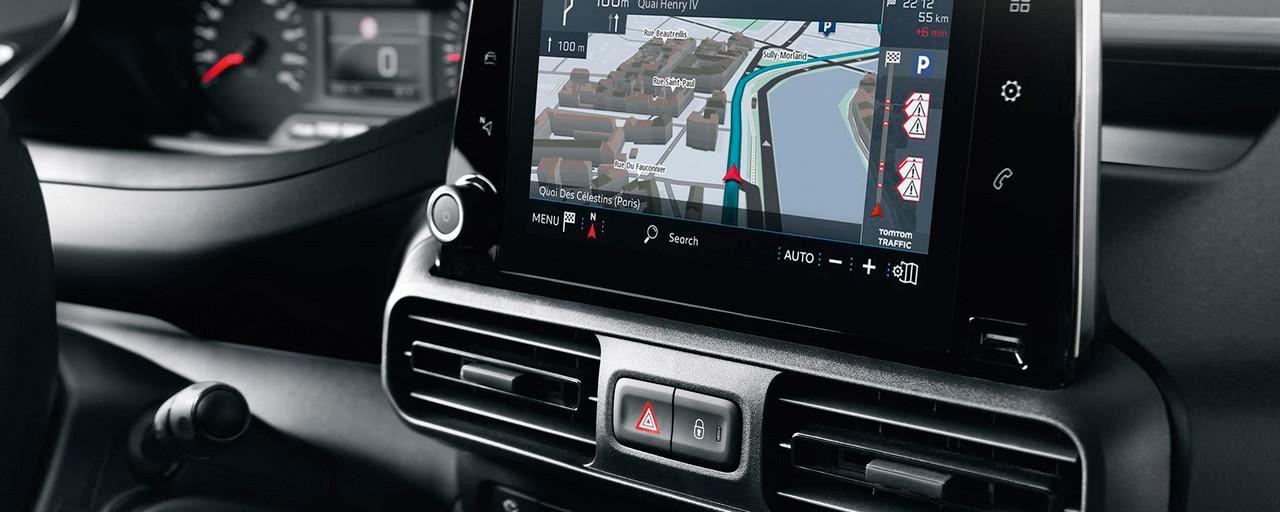 Peugeot Partner : Geconnecteerde 3D-navigatie