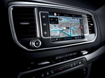 PEUGEOT Traveller : Navigation 3D connectée