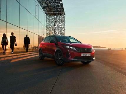 Nieuwe SUV Peugeot 3008 - Optie Black Pack vooraanzicht