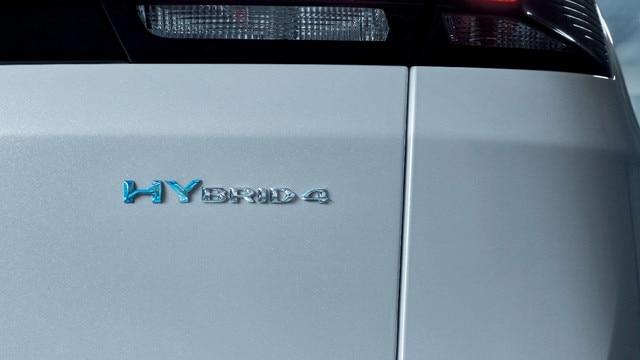 SUV PEUGEOT 3008 HYBRID4 : Badge hybrid