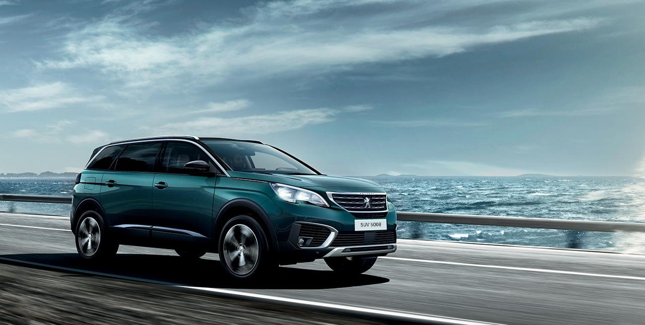 Suv peugeot 5008 essayez le suv 7 places par peugeot for Garage peugeot 76