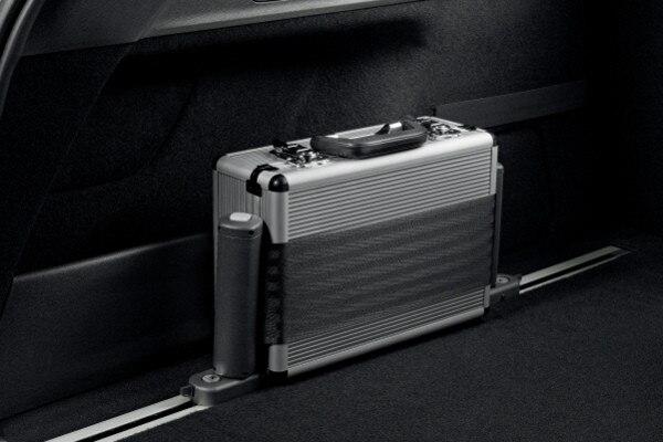 /image/94/9/peugeot-308-sw-accessoires-confort-1-640.24949.jpg
