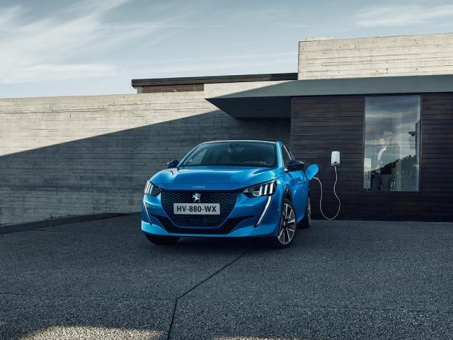 Peugeot e-208 - Opladen thuis, op het werk
